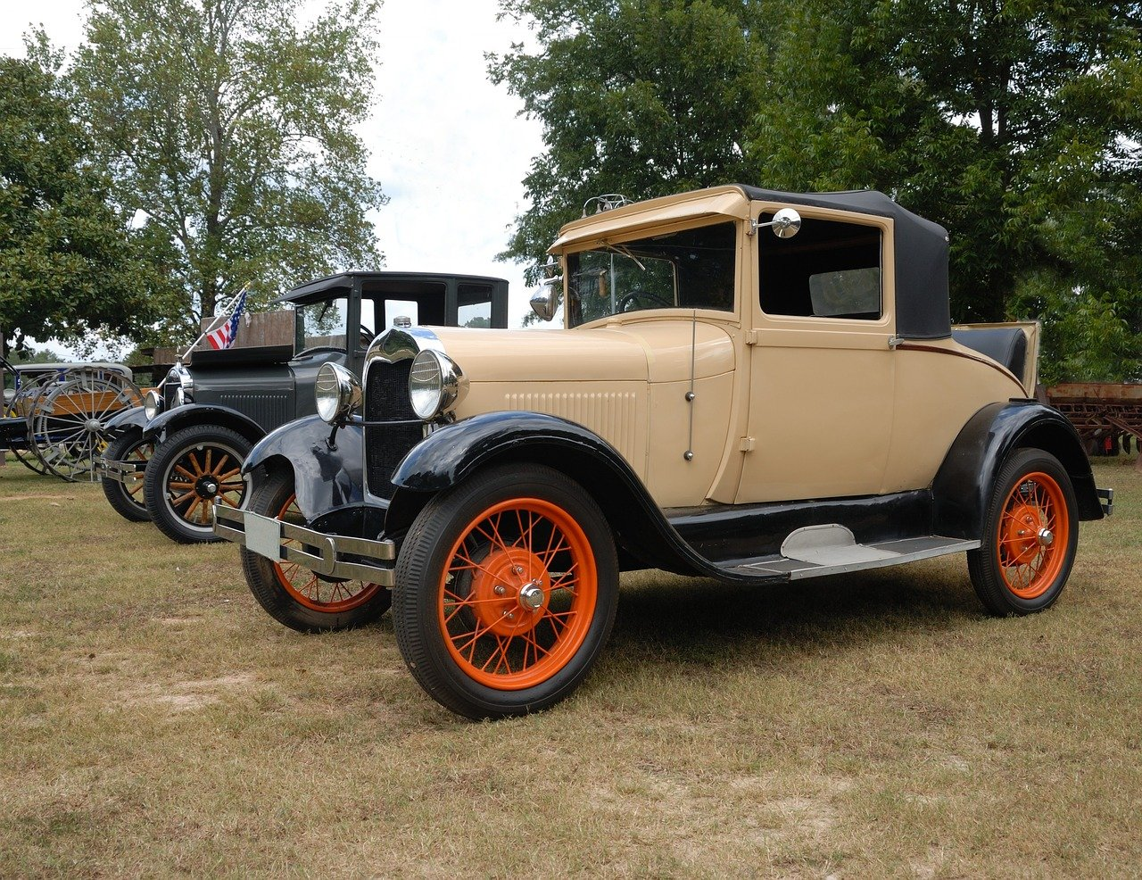 Vintage Car in Somerville - VeteranCarDonations.org