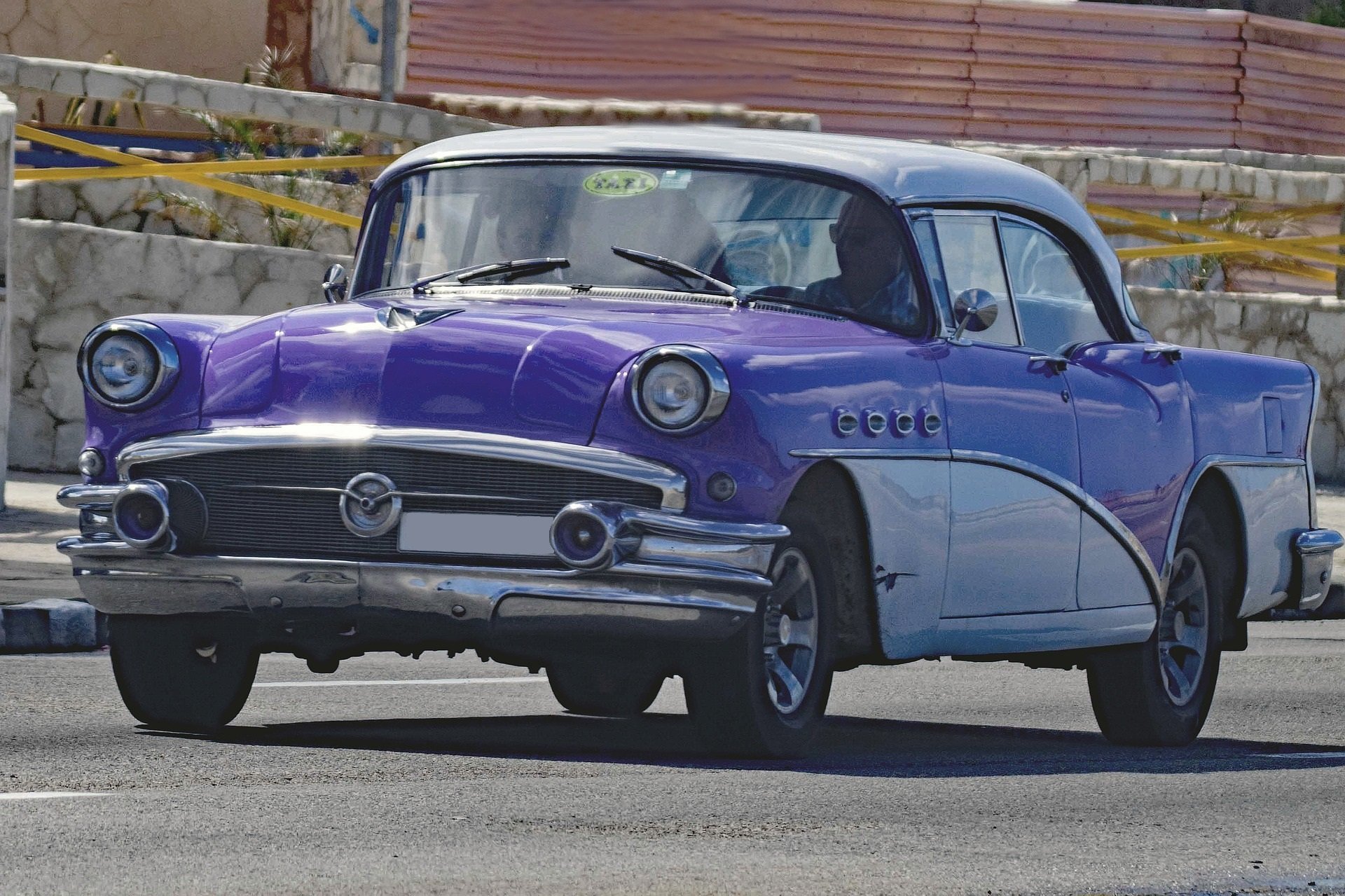Purple Oldtimer Car in Tempe