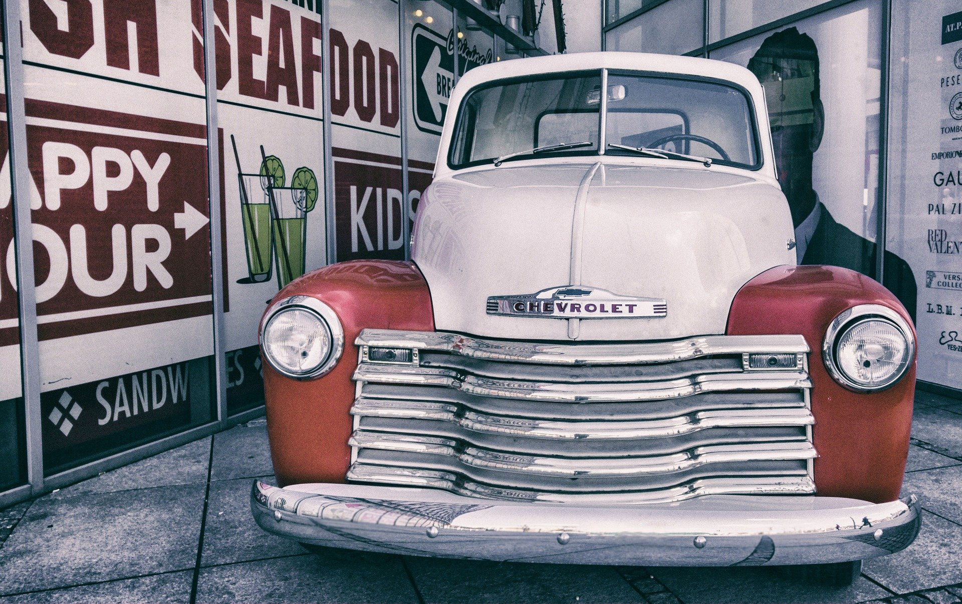 Oldtimer Chevy in Humble
