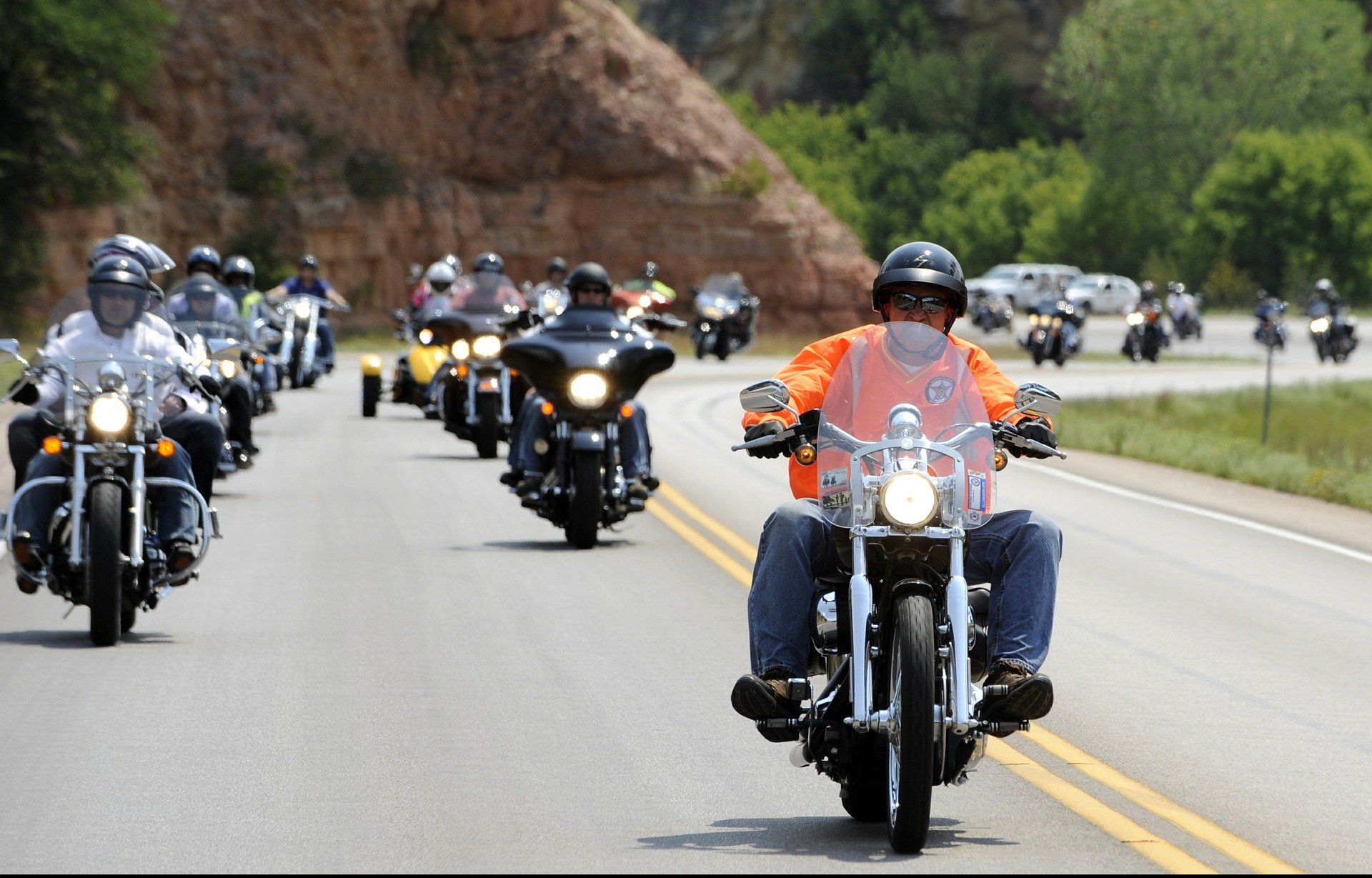 Bikers Rally to Celebrate Go For a Ride Day | Veteran Car Donations