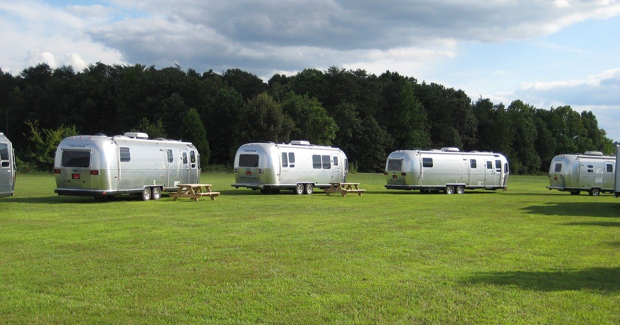 Parked Airstream Trailers | Veteran Car Donations
